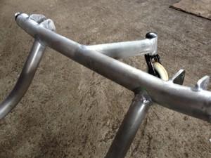 車いすのアルミ溶接補修